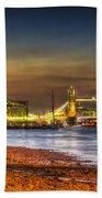 London Night View Beach Towel