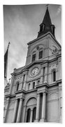 New Orleans St Louis Cathedral Bw Beach Towel