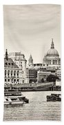 North Side Of The Thames Bw Beach Towel
