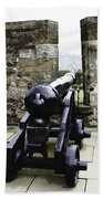 Oil Painting - Cannons And Cannon Balls At Walls Of Stirling Castle Beach Towel