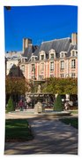 Place Des Vosges Paris Beach Towel