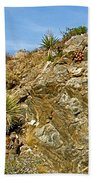 Rock Pile In Black Rock Canyon On Panorama Loop Trail In Joshua Tree National Park-california Beach Towel