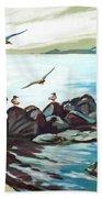Rocky Seashore And Seagulls Beach Towel