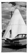 Route 66 - Wigwam Motel 7 Beach Towel