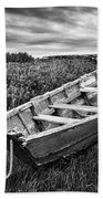 Rowboat At Prospect Point - Black And White Beach Towel