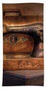 Sewing Machine  - Singer  Beach Sheet