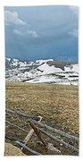 Split Rail Fence On East Side Of Trail Ridge Road In Rocky Mountain National Park-colorado Beach Towel