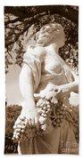 Statue In St Petersburg Beach Towel