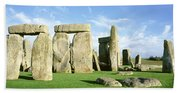 Stonehenge, Wiltshire, England, United Beach Towel