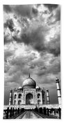 Taj Mahal India In Black And White Beach Sheet