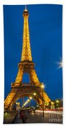Tour Eiffel De Nuit Beach Towel