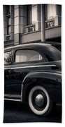 Vintage Chevrolet In 1934 New York City Beach Towel