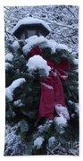 Winter Wreath Beach Towel