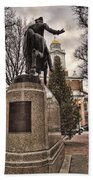 Paul Revere-statue Beach Towel
