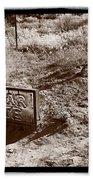 Cedar Pete Gravesite In Grafton Utah Beach Towel