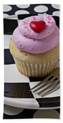 Cupcake With Heart On Checker Plate Beach Towel