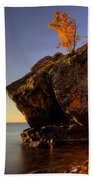 Fall Colours In The Squaw Bay Fallen Rock Beach Towel