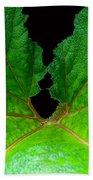 Green Spider Leaf Beach Towel