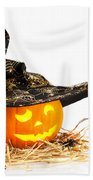Halloween Pumpkin With Witches Hat Beach Towel