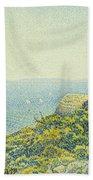 L'ile Du Levant Vu Du Cap Benat Beach Towel