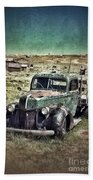 Old Rusty Truck Beach Towel