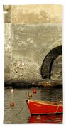 Red Boat In Vernazza Harbor On The Cinque Terre Beach Towel
