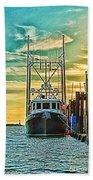 Single Fish Boat Hdr Beach Towel