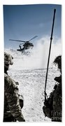 U.s. Army Soldiers Watch The Arrival Beach Towel