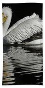 White Pelican De Beach Towel