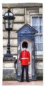 Buckingham Palace Queens Guard Art Beach Towel