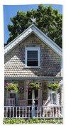 Oak Bluffs Cottage Beach Sheet