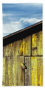 Weathered Wooden Barn, Gaviota, Santa Beach Towel