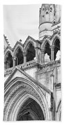Entrance To Royal Courts Of Justice London Beach Sheet