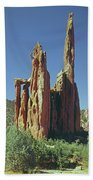 210806-h Spires In Garden Of The Gods Beach Towel
