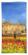 Buckingham Palace London Beach Towel