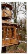 A Treehouse For All Seasons Beach Towel
