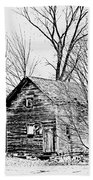 Abandoned Farmhouse In The Michigan Countryside Beach Towel