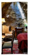 Al Capone's Cell - Scarface - Eastern State Penitentiary Beach Towel