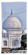 An Extraordinary View - The Taj Mahal Beach Towel