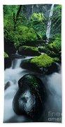 Boulder Elowah Falls Columbia River Gorge Nsa Oregon Beach Towel