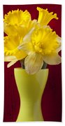 Bunch Of Daffodils Beach Towel
