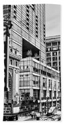 Chicago In Black And White Beach Towel