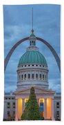 Christmas Jefferson National Expansion Memorial St Louis 7r2_dsc3574_12112017 Beach Towel