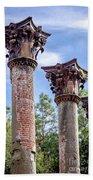 Columns Of Windsor Ruins Beach Towel