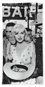 Estelle Winwood Marilyn Monroe Clark Gable Eli Wallach Montgomery Clift The Misfits Reno Nevada 1961 Beach Towel