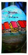 Frohe Ostern Beach Towel