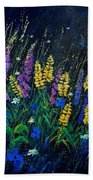Garden Flowers 679080 Beach Towel