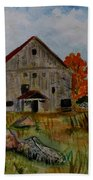 Glover Barn In Autumn Beach Towel