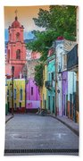 Guanajuato Backstreet Beach Sheet