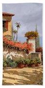 Il Giardino Rosso Beach Towel